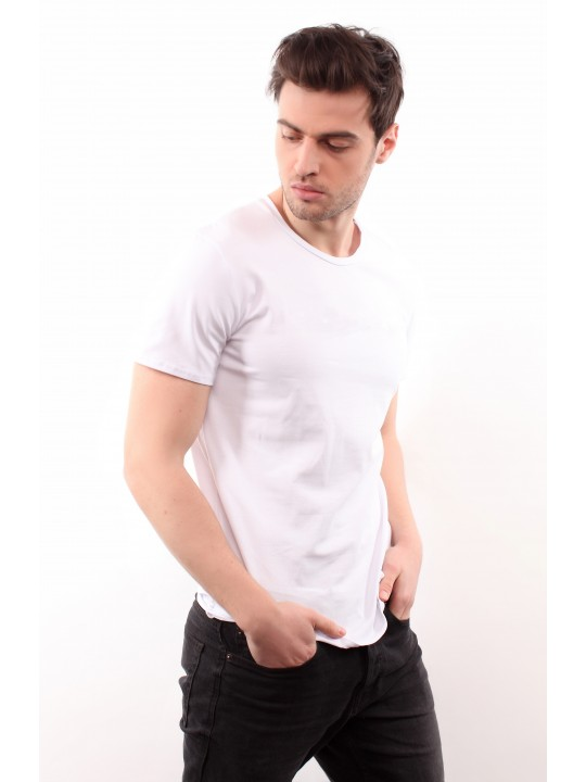 Белая базовая футболка